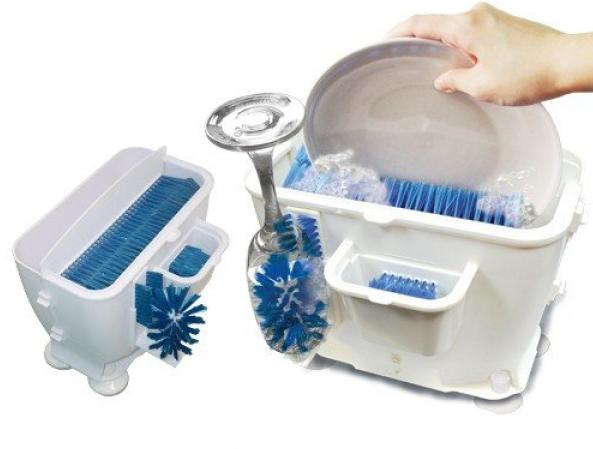 Мойка посуды в ручной посудомоечной машине Wash N Bright